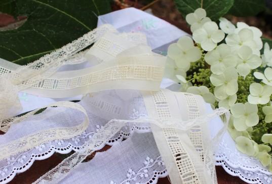 Farmhouse Fabrics-Lovely Laces