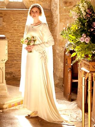 laura-carmichael-downton-abbey-wedding-inline