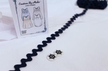 31016sailordress